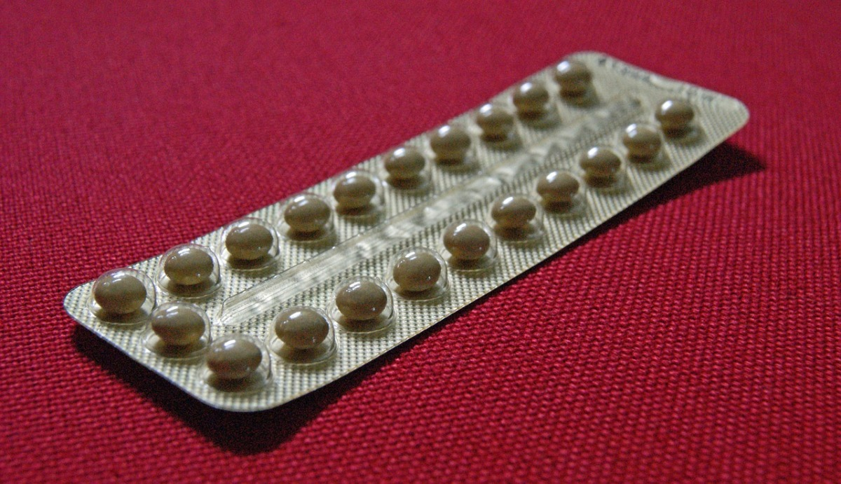 Knowing the side effects of hormonal birth control could save your life