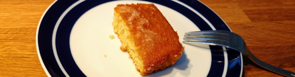Tips for a perfect, portable Lemon Drizzle Cake
